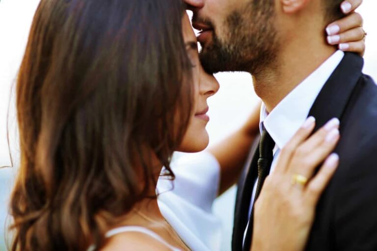 Reasons Strong Women Handle Relationships Differently