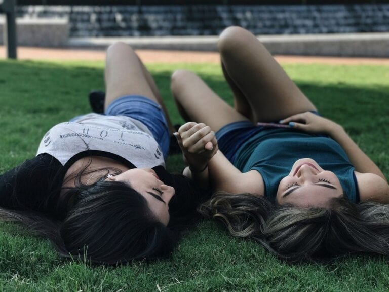 Why you need a sarcastic best friend