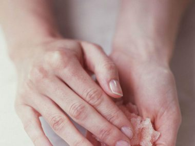 Best Home Remedies To Make Your Hands Soft